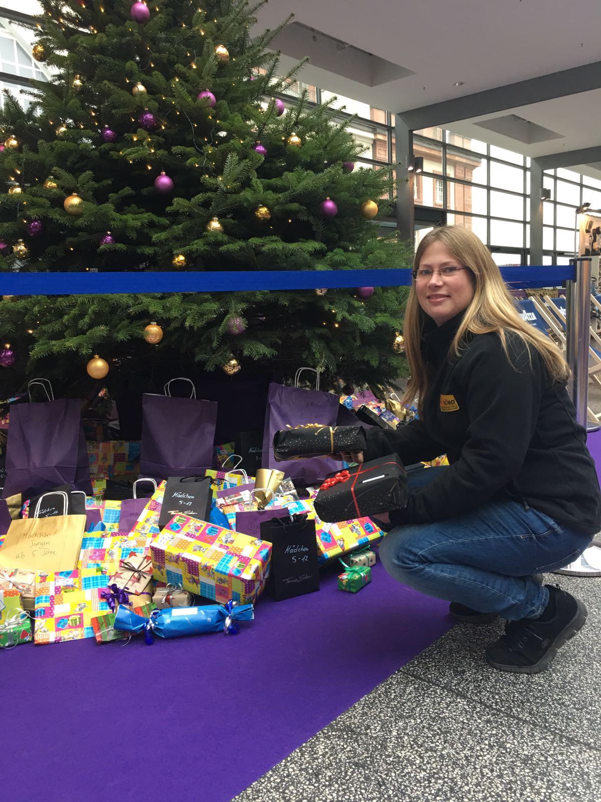 Reimo spendet Geschenke für benachteiligte Kinder